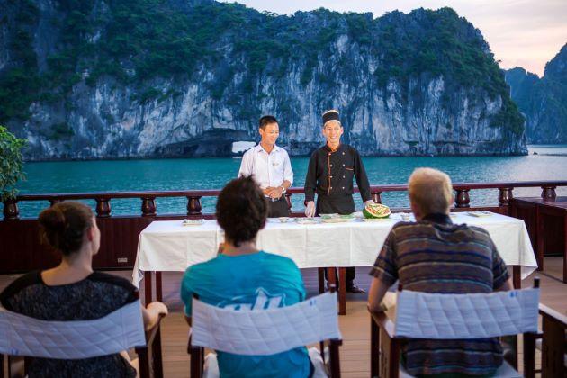 cooking class at halong bay