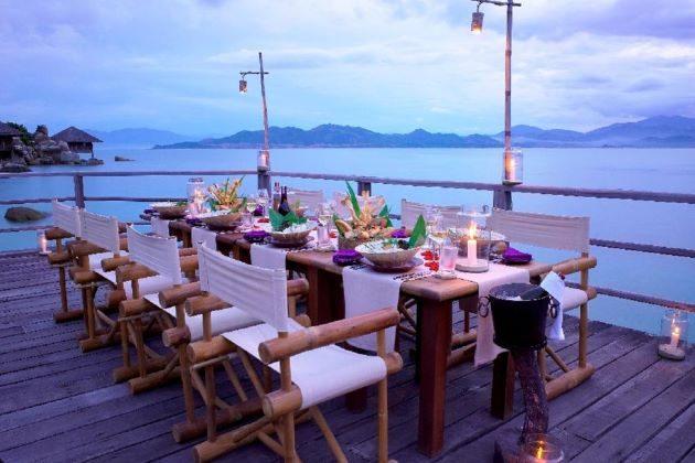 dinner at luxury resort in nha trang