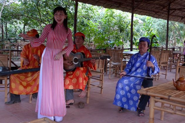 enjoy traditional music in mekong delta