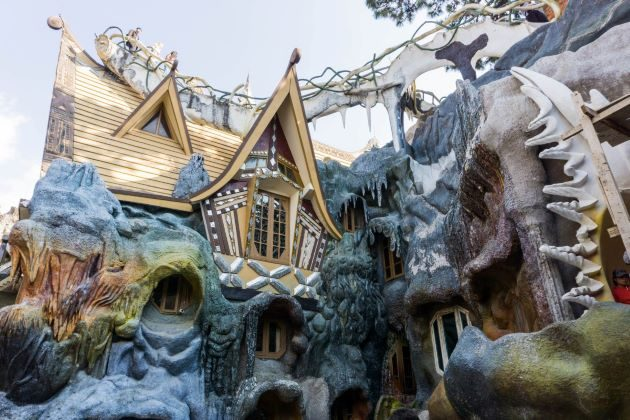 explore crazy house in dalat