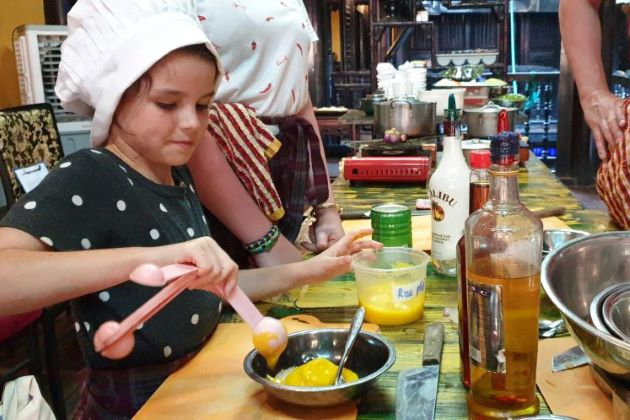 hoi an family cooking class