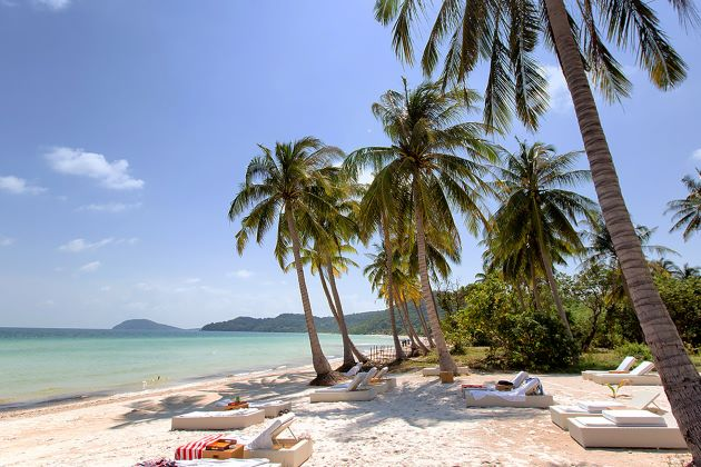 long beach in phu quoc island