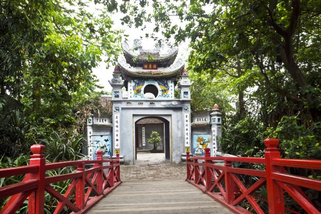 ngoc son temple and the huc bridge