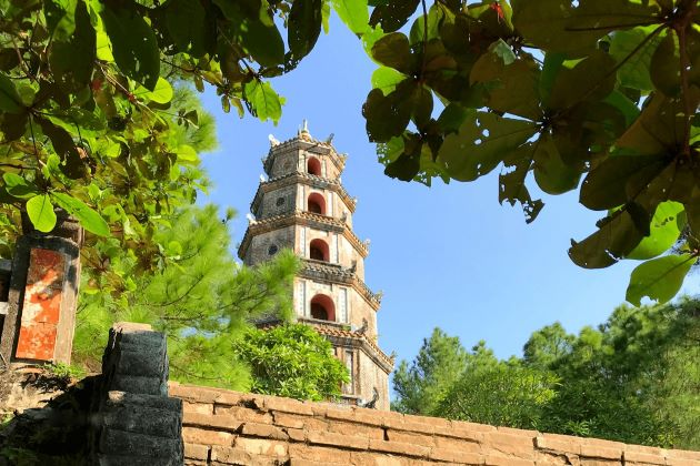perfume pagoda in hue