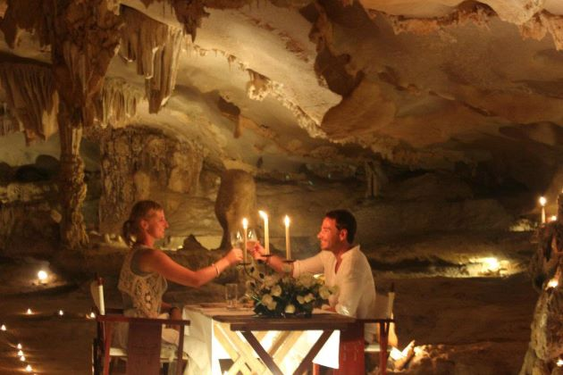 romantic dinner on halong bay cave