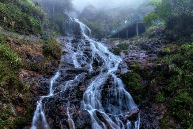 silver waterfall in sapa lao cai