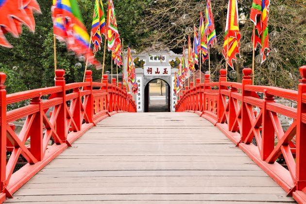 the huc bridge leading to ngoc son temple