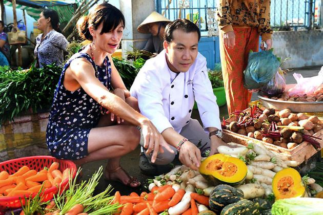 vietnam luxury journeys with expert local guide