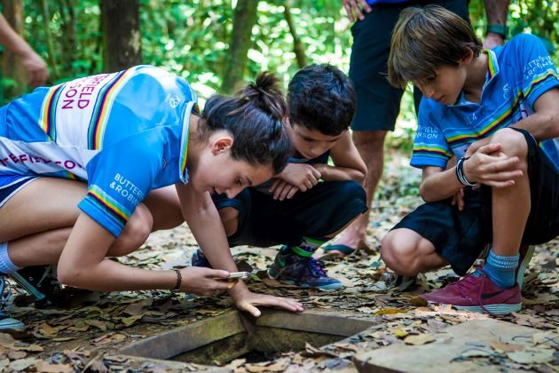 visit cu chi tunnels to let your kids know more about the Vietnam War