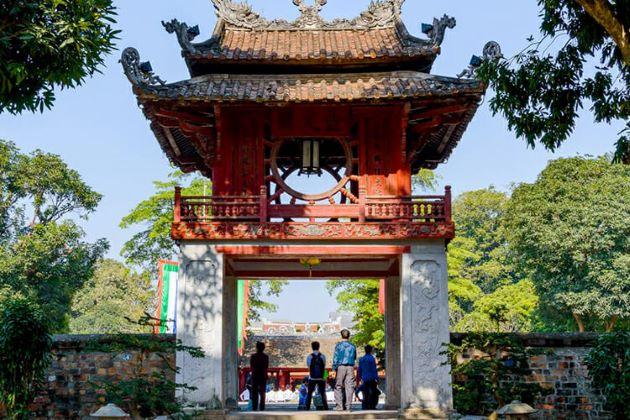 visit temple of literature in hanoi